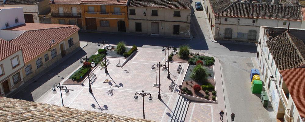 plaza-slide