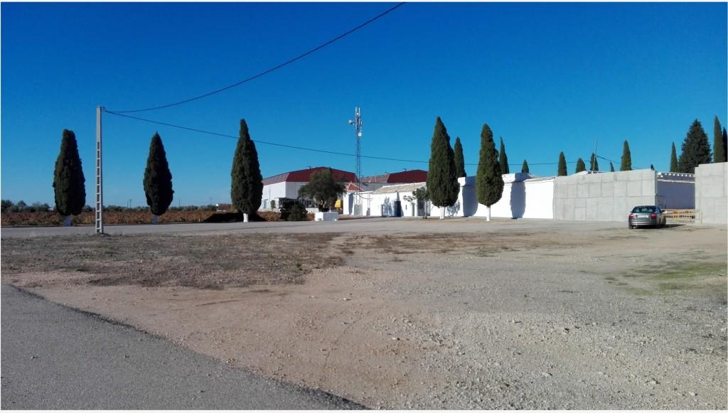 Horario del cementerio municipal con motivo de la proximidad de la festividad de Todos los Santos