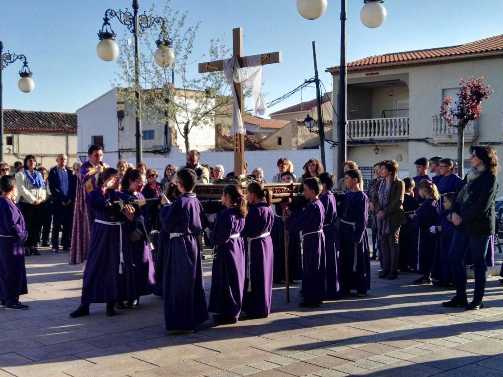 Imágenes de la procesión extraordinaria infantil de la Cofradía del Santísimo Sacramento de El Provencio