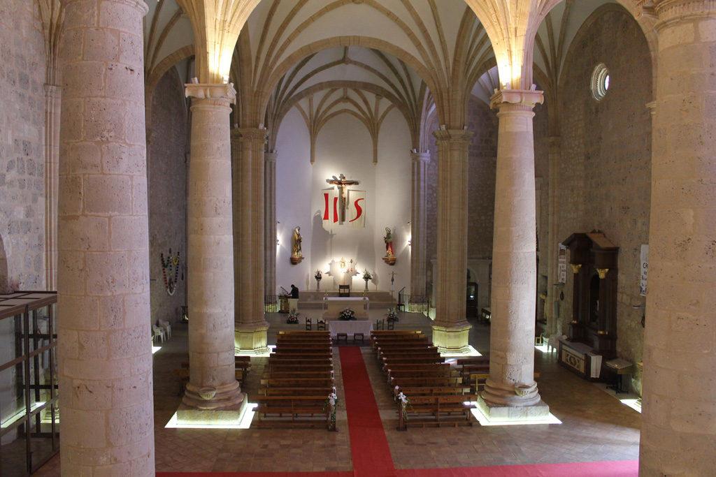 Interior iglesia parroquial