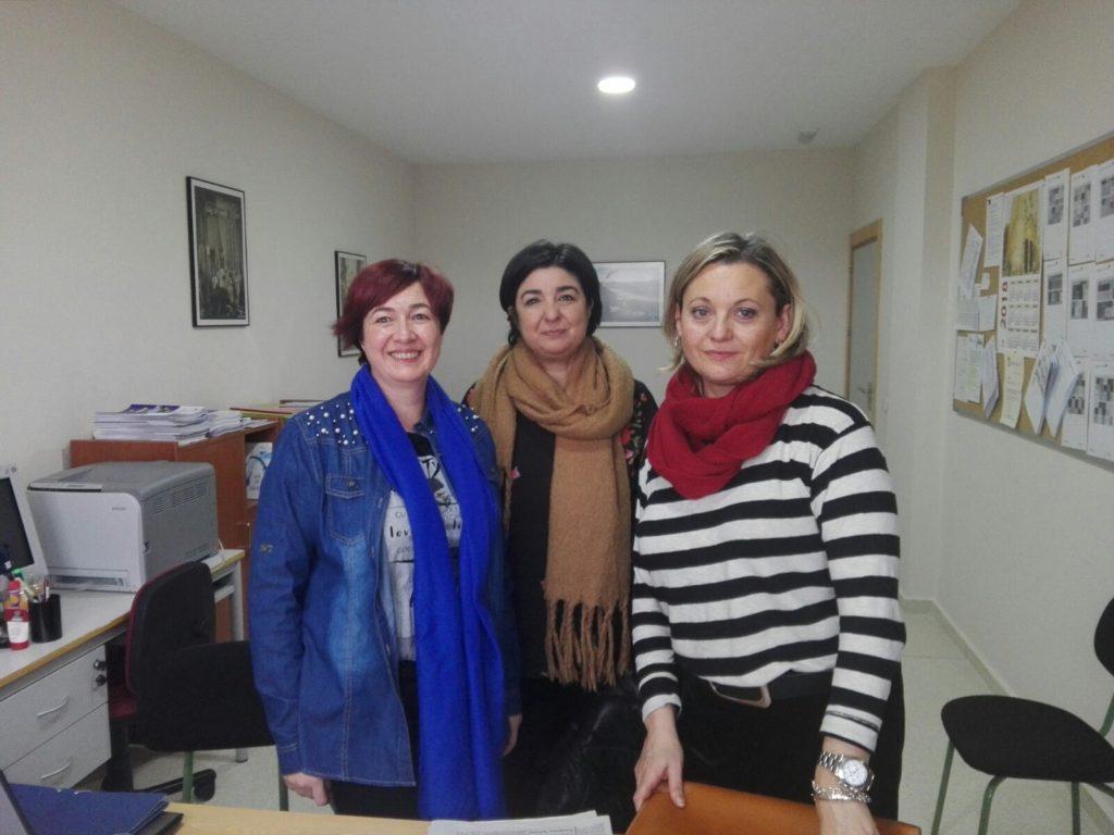 Visita de Mari Luz Desviat, técnica de Dinamización Asociativa en Cuenca a través del proyecto de CLM ACTIVA